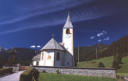 A church in Valle di Braies